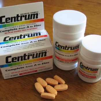 Centrum Multi-Vitamine : Supplement of chemische cocktail?